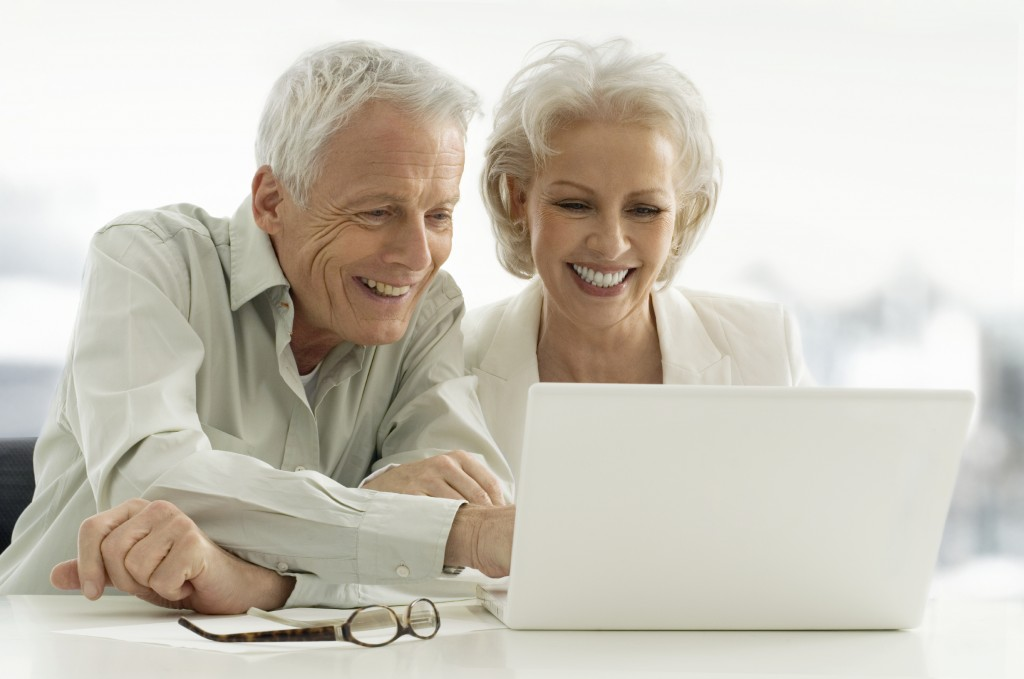 computer couple happy istock_000009129801large